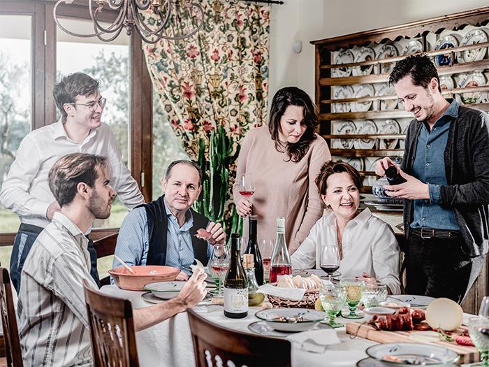 contesa family